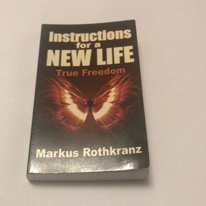❣️LAST CHANCE❣️Instructions For A New Life Book